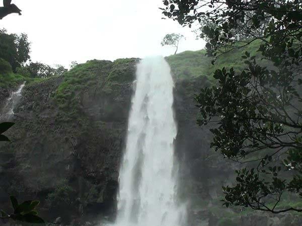 Ozarde Waterfall