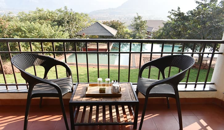 holiday resorts near pune